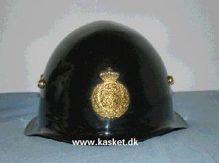 "Politi hjelm, kaldt ""Amalienborg"