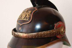 Panserbasse hjelm politibetjent